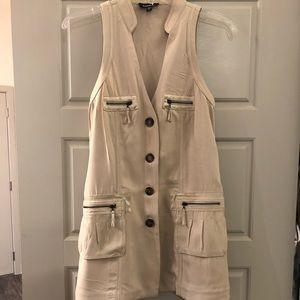 Bebe Cream long vest with zipper pockets